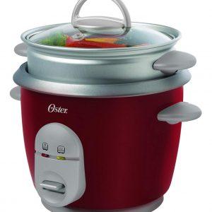 Arrocera de la marca Oster en color rojo